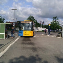 Photo taken at Bus 600S (Hillerød st. -> Roskilde st. / Greve st. / Hundige st.) by Michael J. on 6/25/2013
