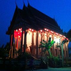 Photo taken at วัดสุนทรธรรมิการาม (Wat Sunthon Thammikaram) by Kaikong on 2/25/2013