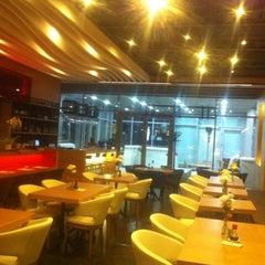 Photo taken at SushiCo by Yusuf U. on 11/20/2012