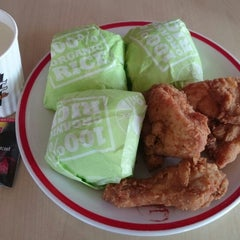 Photo taken at KFC by Harboeth on 2/20/2014