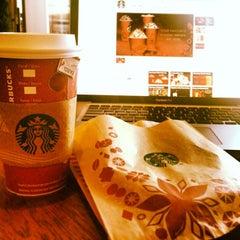 Photo taken at Starbucks by Daniel F. on 12/23/2013