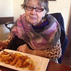 Photo taken at Olive Garden by Sarai L. on 3/2/2015