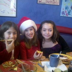 Photo taken at Jelly Beans Restaurant by Tom B. on 12/8/2012