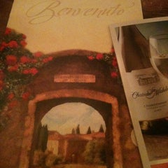 Photo taken at Olive Garden by Charles A. on 2/1/2012