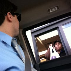 Photo taken at Taco Bell by Anthony S. on 4/17/2012