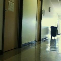 Photo taken at Manzanita Hall (MZ) by Gee K. on 3/7/2011