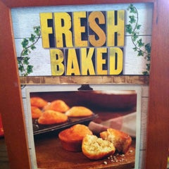 Photo taken at Cracker Barrel Old Country Store by Paula H. on 5/25/2012