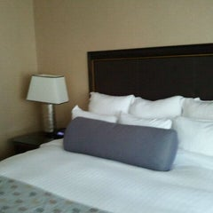 Photo taken at Renaissance Chicago Downtown Hotel by andrea d. on 8/14/2011