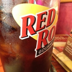 Photo taken at Red Robin Gourmet Burgers by Rebecca W. on 11/13/2011