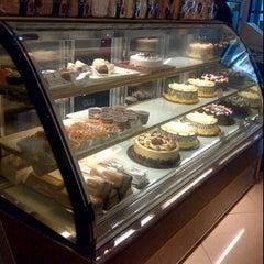 Photo taken at Holland Bakery by Juzi Z. on 6/6/2012