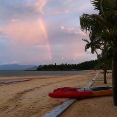Photo taken at The Blue Sky Resort Koh Payam (เดอะบลูสกายรีสอร์ท เกาะพยาม) by ΩΣŬΠĢ on 10/30/2011