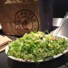 Photo taken at Chipotle Mexican Grill by SkinnyBoySwag on 6/17/2012