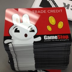 Photo taken at Gamestop by Ara D. on 2/19/2012