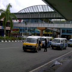 Photo taken at Jl. Jenderal Sudirman by Moonieer . on 6/29/2012