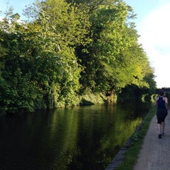 Photo taken at Canal Walkies by CeReN . on 5/14/2014