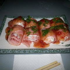 Photo taken at Temaki Fry by Adriano S. on 7/15/2013