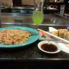 Photo taken at Shogun Japanese and Chinese Bistro by versetta e. on 2/8/2014