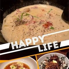 Photo taken at WARAKU Japanese Casual Dining by Novan S. on 1/16/2014