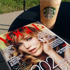 Photo taken at Starbucks by Miruna D. on 9/13/2013