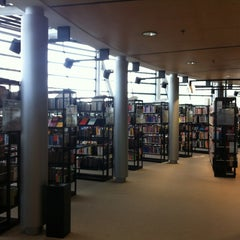 Photo taken at Stadt- und Landesbibliothek Dortmund by Rikit S. on 7/10/2013
