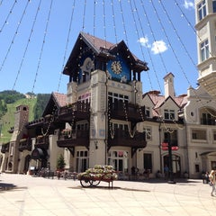 Photo taken at The Arrabelle at Vail Square, A RockResort by Kristin E. on 6/20/2013