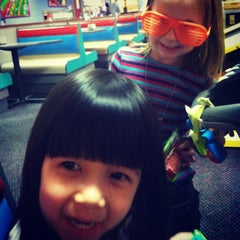 Photo taken at Chuck E. Cheese's by Jennifer A. on 1/25/2013