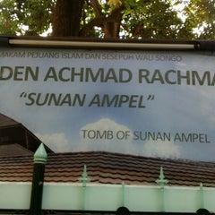 Photo taken at Masjid Agung Sunan Ampel by Nita N. on 9/29/2015