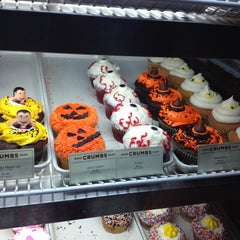 Photo taken at Crumbs Bake Shop by Carmen A. on 10/27/2013