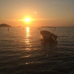 Photo taken at Sea Breeze @ Koh Mak by FahFa' S. on 3/29/2014
