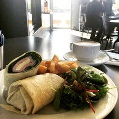 Photo taken at Armory Wharf Café by ChingYuen on 5/13/2015