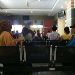 Photo taken at Kantor Imigrasi Kelas I Manado by Veronica C. on 3/16/2015