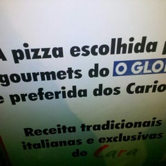 Photo taken at Pizzaria do Chico by Willian A. on 2/3/2013