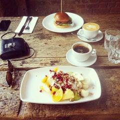 Photo taken at Workshop Coffee Co. by Jennie D. on 7/22/2013