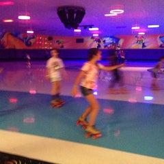Photo taken at Dreamland Skate Center by Yagmur L. on 5/31/2014