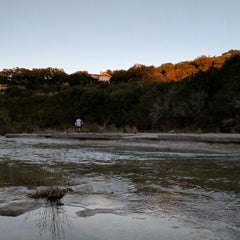 Photo taken at Barton Creek Greenbelt Spyglass by Carlos V. on 11/22/2015