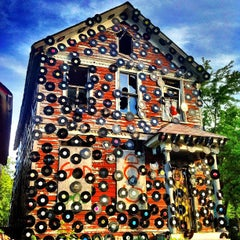 Photo taken at The Heidelberg Project by Kero L. on 7/23/2013