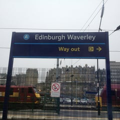 Photo taken at Edinburgh Waverley Railway Station (EDB) by Andrew C. on 7/23/2013