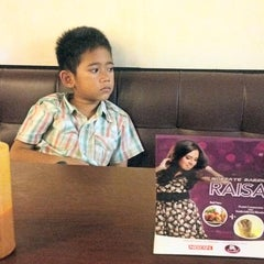 Photo taken at Solaria by Agus H. on 11/6/2013