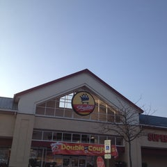 Photo taken at ShopRite by Maria P. on 12/4/2013