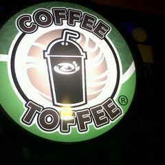 Photo taken at Coffee Toffee by Jansen M. on 12/6/2012