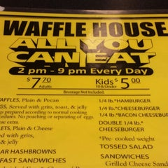 Photo taken at Waffle House by Nanc D. on 3/16/2014