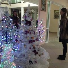Photo taken at Школа №1387 by NataliRastafari on 12/9/2014