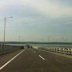 Photo taken at Jembatan Suramadu (Suramadu Bridge) by Widhi S. on 3/30/2013