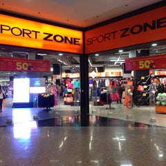 Photo taken at Sport Zone by Jose Luis M. on 12/20/2014