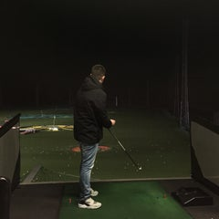 Photo taken at Topgolf Chigwell by Nathan D. on 1/16/2015