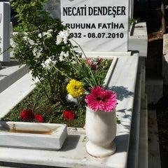 Photo taken at Soğukkuyu Mezarlığı by gizem on 10/3/2014