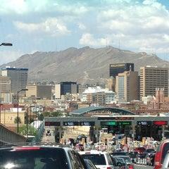 Photo taken at Puente Internacional Santa Fe (Paso Del Norte) by David C. on 8/16/2013