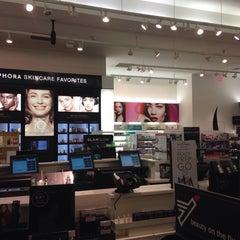 Photo taken at Sephora by Ksenya K. on 9/11/2014