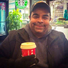 Photo taken at Starbucks by Dago O. on 1/2/2015