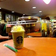Photo taken at Starbucks (สตาร์บัคส์) by Krit K. on 7/28/2013